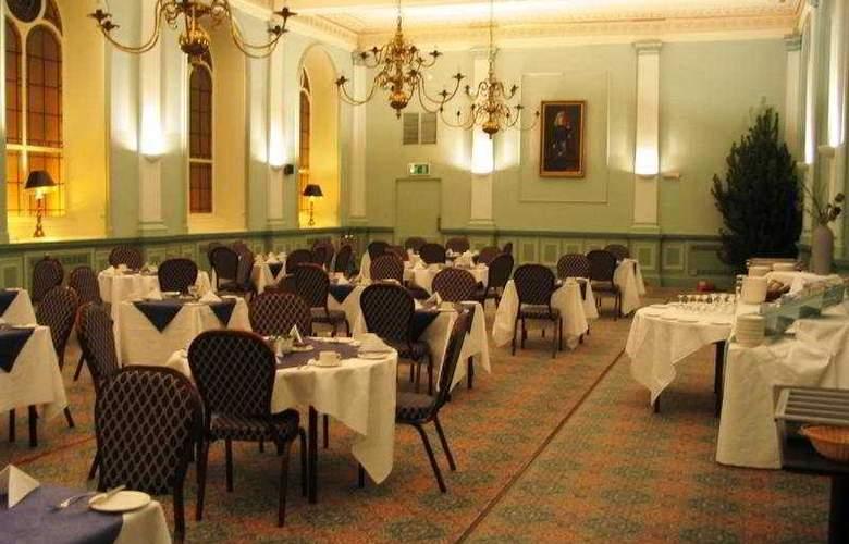 Royal Highland - Restaurant - 4