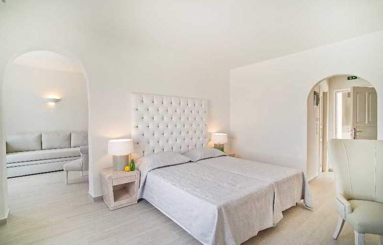 Santorini Palace - Room - 11