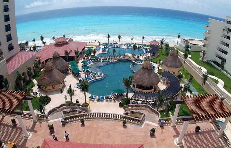 GR Solaris Cancun All Inclusive - Pool - 3