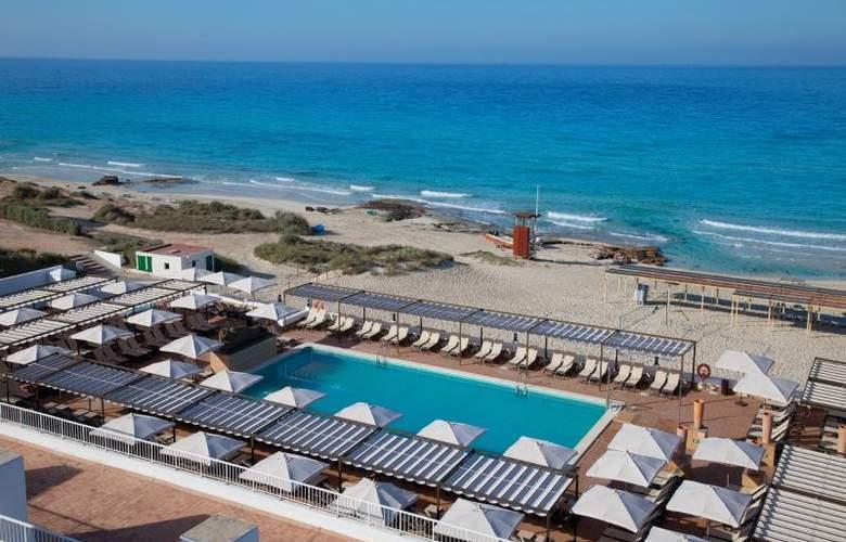 Hotel Riu la Mola - Beach - 24