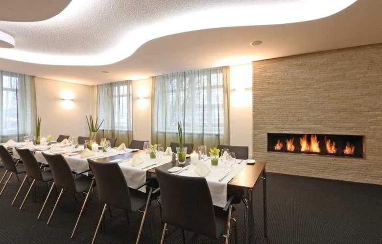 Cascada Swiss Quality Hotel - Restaurant - 10
