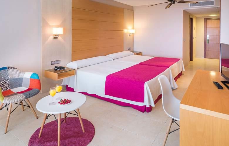 Mediterraneo Bay Hotel & Resort - Room - 8