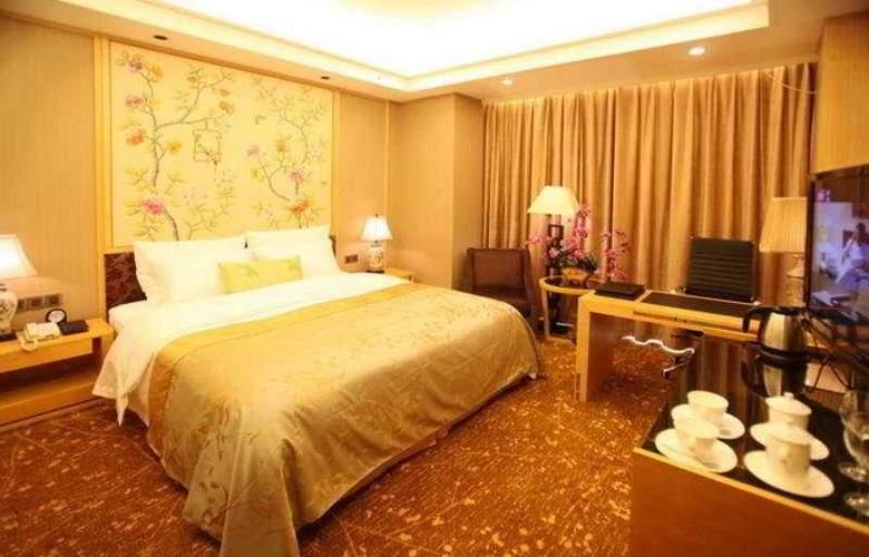 Pan Yu - Room - 3