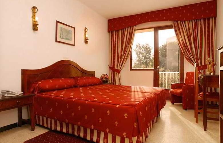 BQ Bulevar Peguera - Room - 5