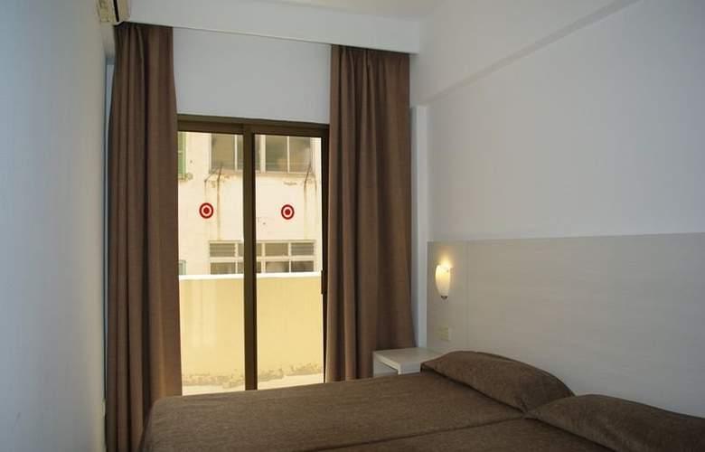 Embat - Room - 8