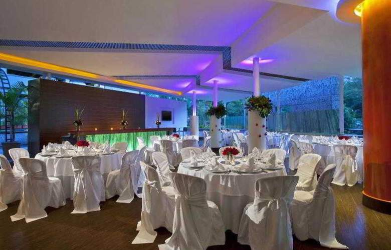 Four Points By Sheraton Medellin - Restaurant - 10