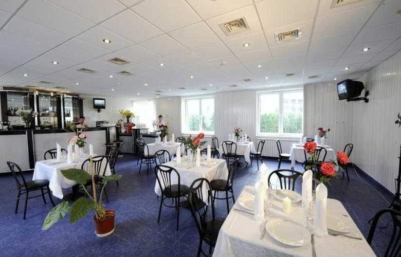 Bleumarin Spa Hotel - Restaurant - 7