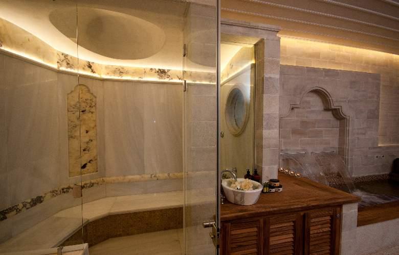 Casa Delfino Suites - Room - 5