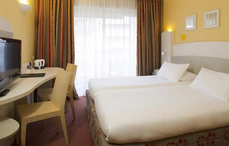 Best Western Astoria - Room - 1