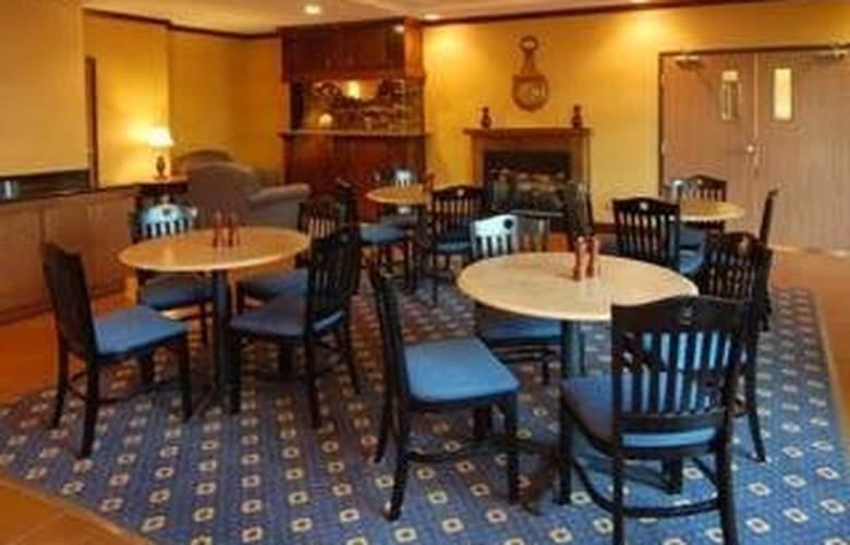 Comfort Inn & Suites Near Lake Lanier - Restaurant - 6