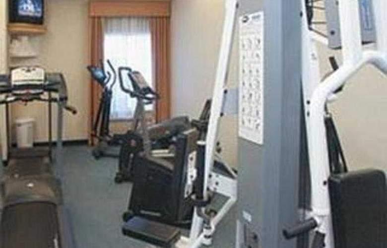 La Quinta inn & Suites DFW Airport South/Irving - Sport - 6