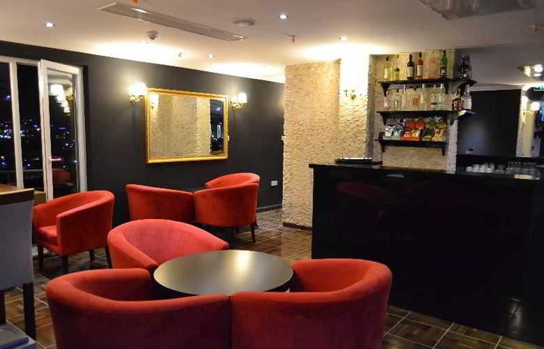 Airboss Hotel - Bar - 13