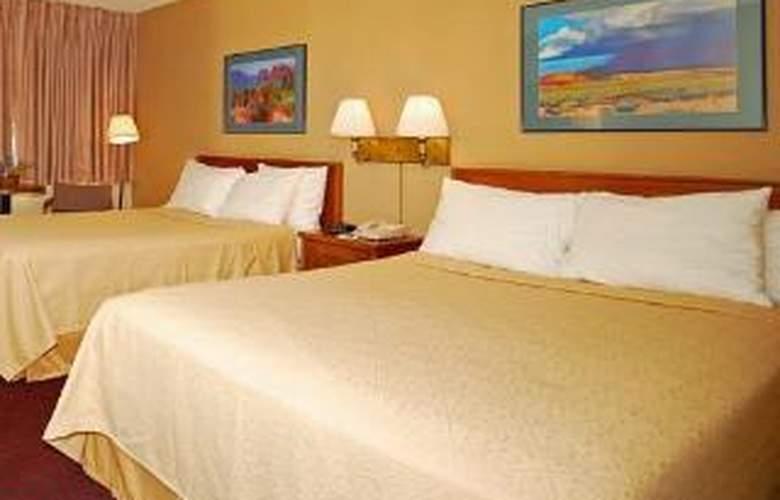 Quality Inn - Room - 5