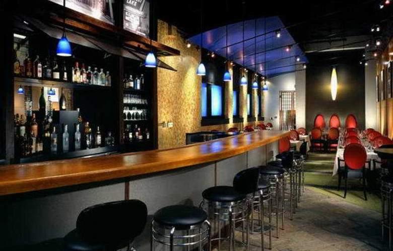 Madison Hotel - Bar - 6