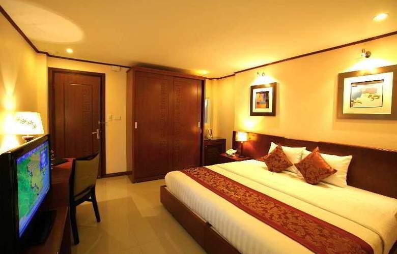 Icon 36 - Room - 2