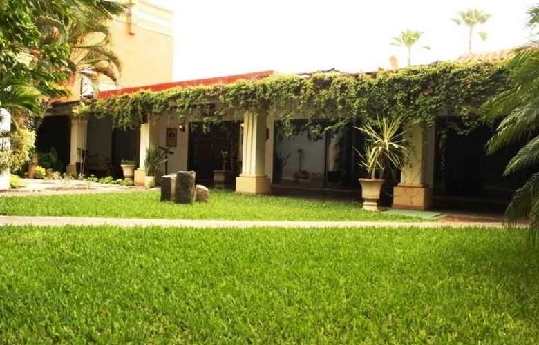 Los Tres Rios - Hotel - 0