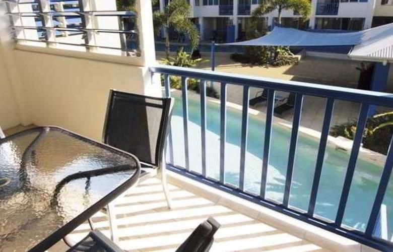 Oaks Lagoons - Terrace - 8