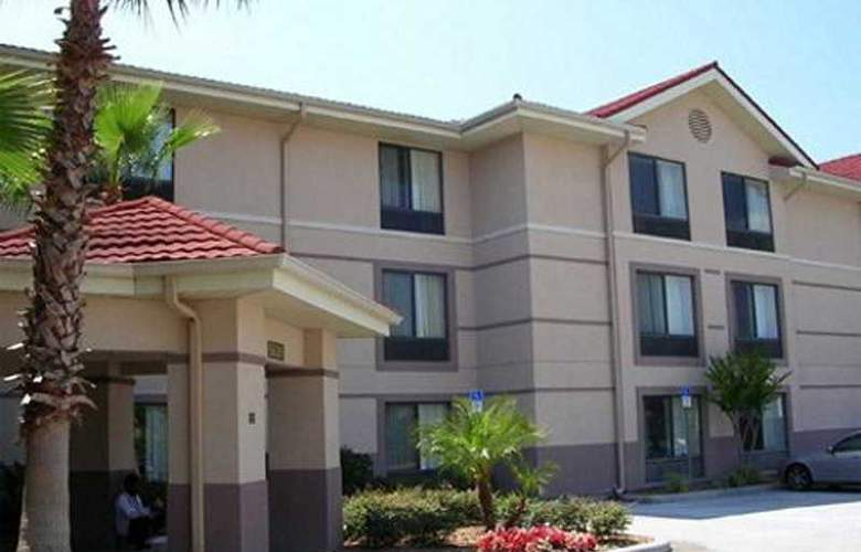 Extended Stay Deluxe Universal - General - 1