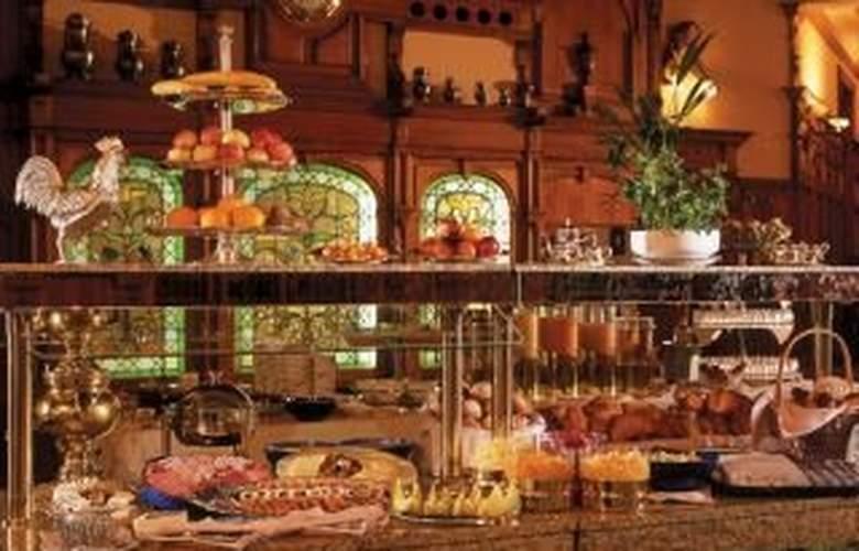 St. Gotthard Swiss Quality Hotel - Restaurant - 2