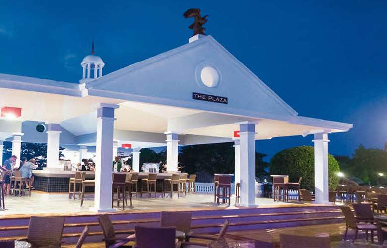 Hotel Riu Negril - Terrace - 8