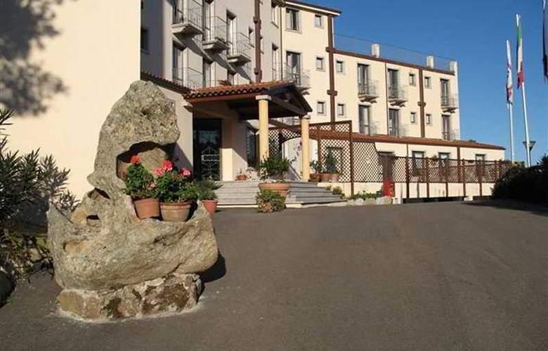San Trano - Hotel - 0