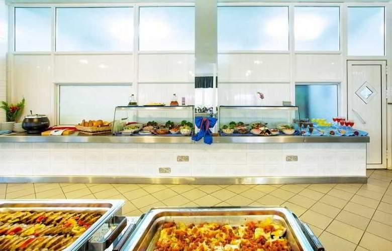 Port Marina - Restaurant - 37