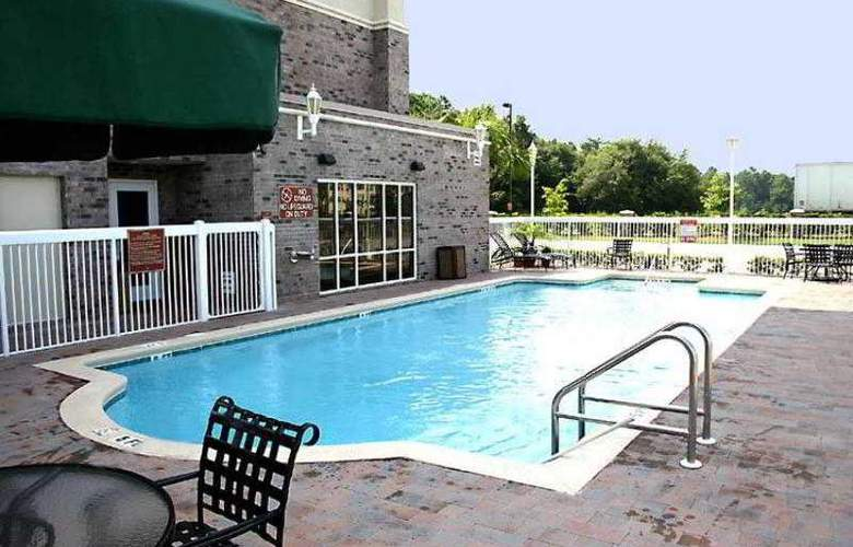 Hampton Inn Jacksonville East Regency Square - Pool - 12