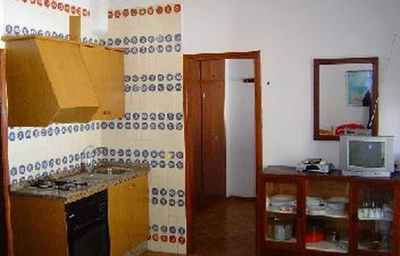 Apartamentos Verdera - Room - 1