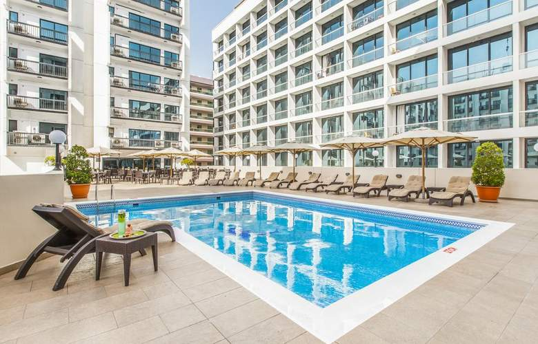 Golden Sands Hotel Apartments 3 - Pool - 2