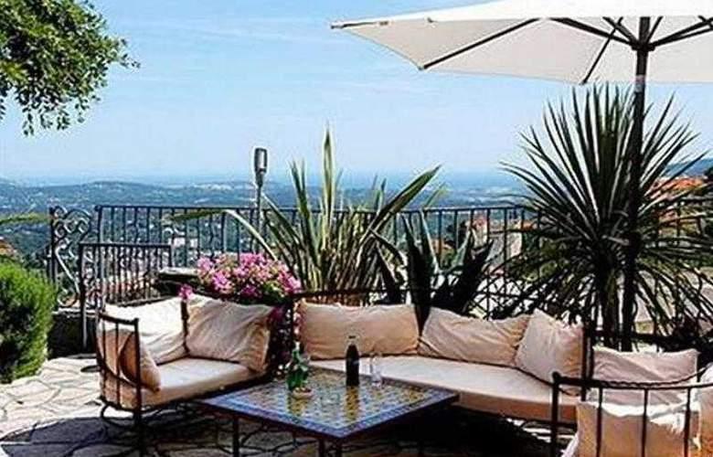 Mandarina Hotel - Terrace - 5