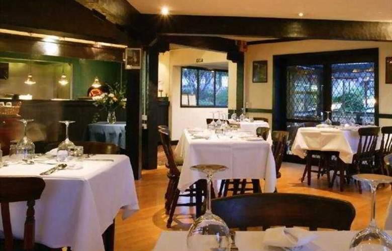Quality Inn West End - Restaurant - 4
