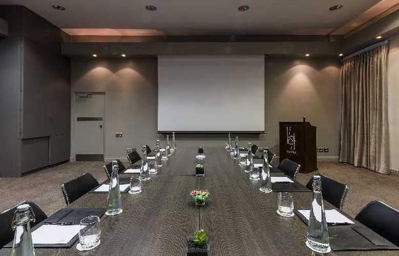 Victoria & Alfred - Conference - 31