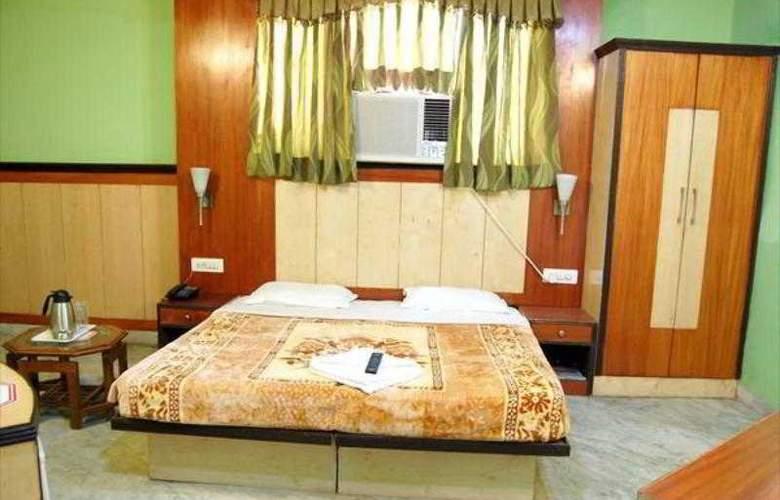 Karat 87 Inn - Room - 7