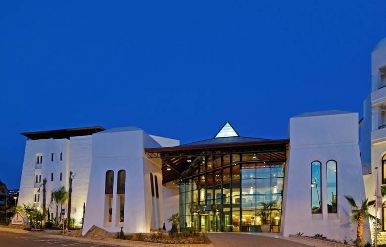 SH Villa Gadea - Hotel - 11