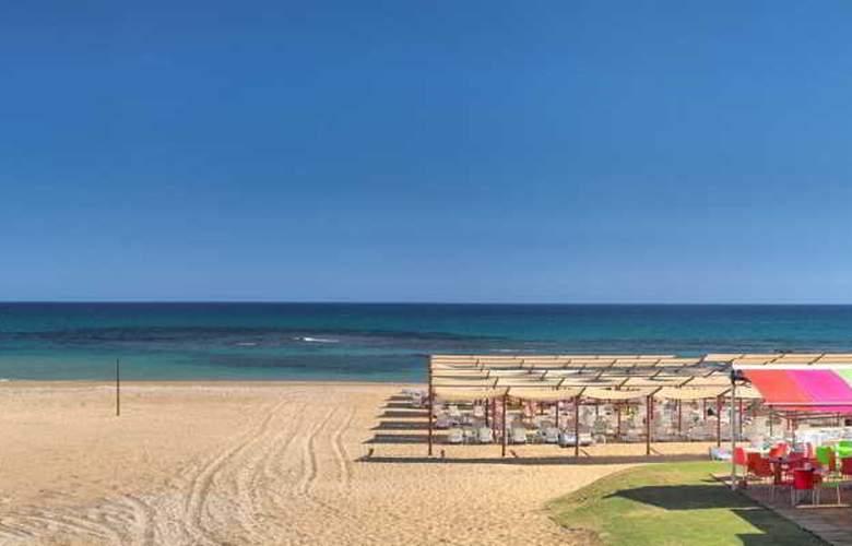 Ramada Resort Side - Beach - 29