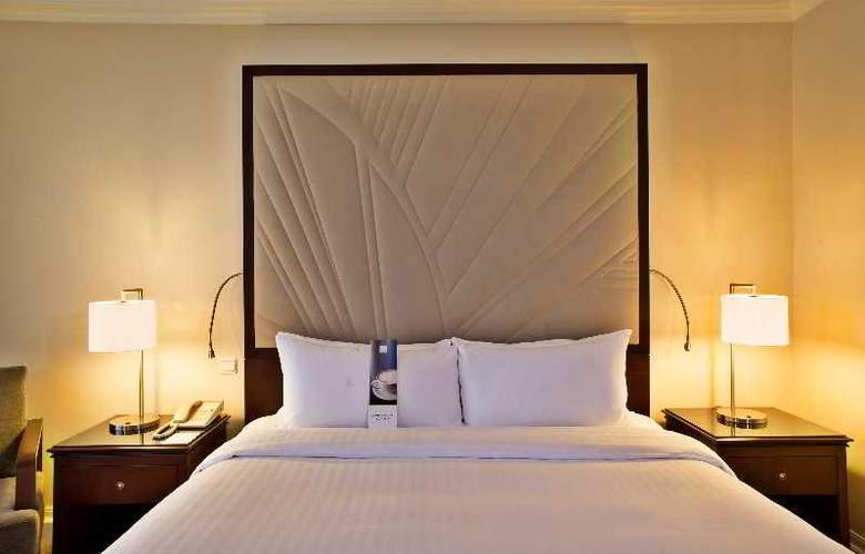 Lisbon Marriott - Room - 15
