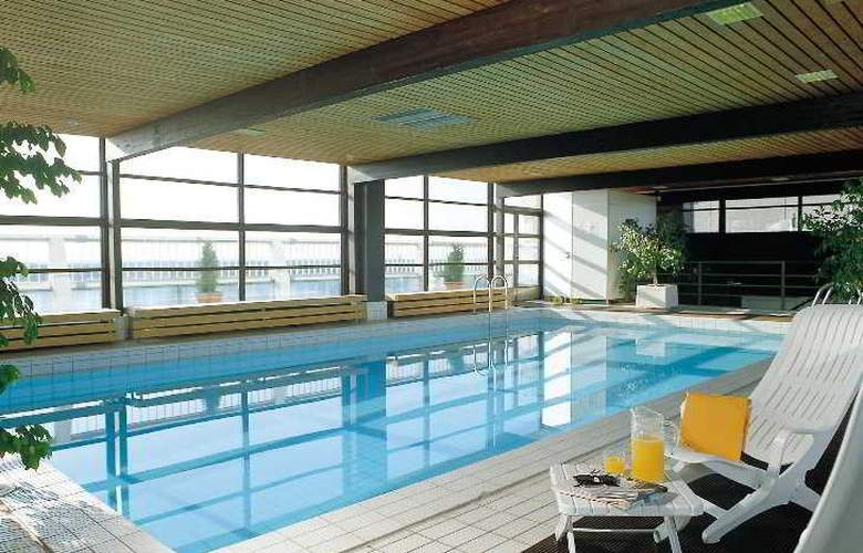 Scandic Espoo - Pool - 7