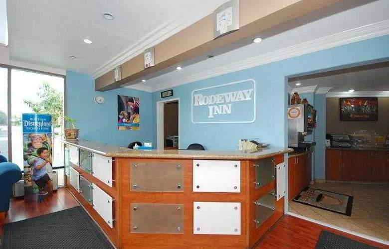 Anaheim Rodeway Inn & Suites - General - 1