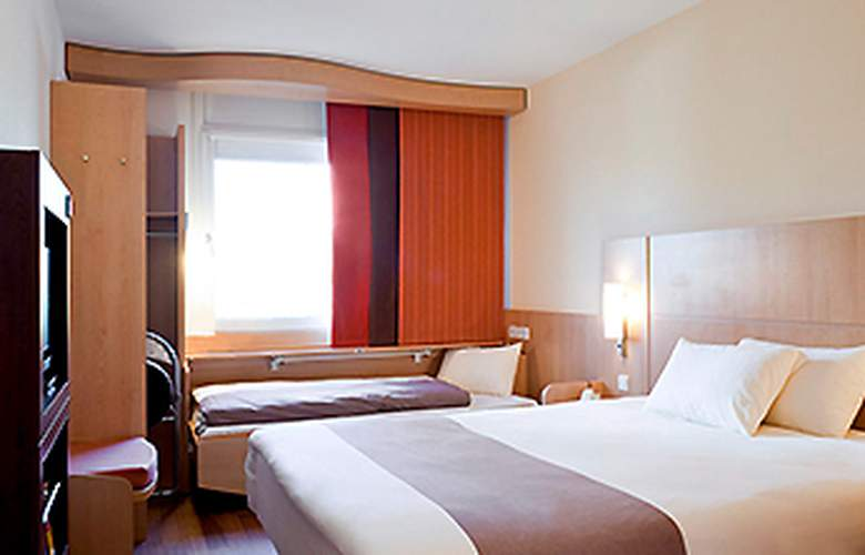 Ibis Madrid Centro - Room - 5