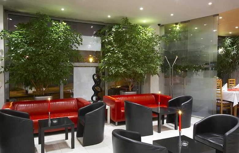 Luxury Family Hotel Bílá Labut - General - 1