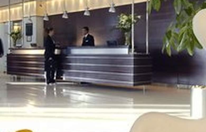 Rimal Rotana Suites - Hotel - 0
