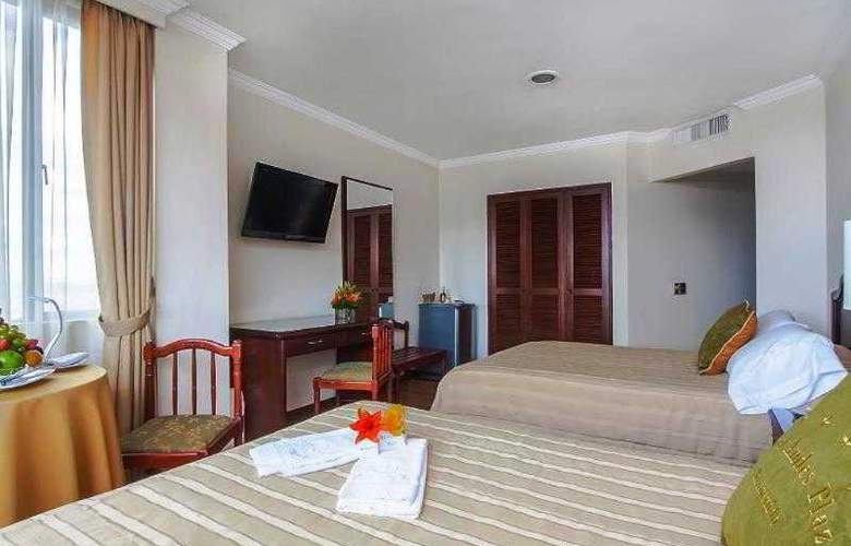 Andes Plaza - Room - 13