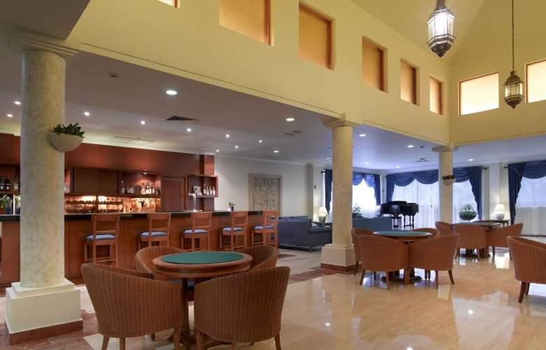 Grand Palladium Colonial & Kantenah Resort - Bar - 3