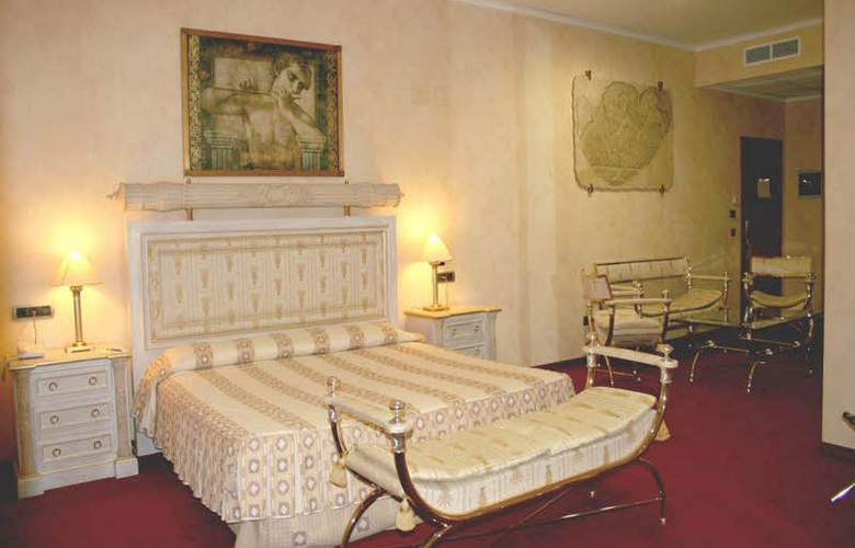 Vila-Real Palace - Room - 10