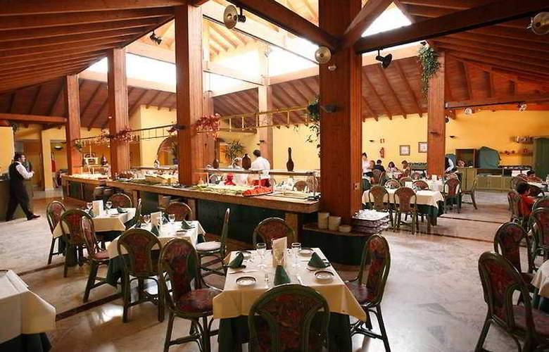 Las Dunas - Restaurant - 6
