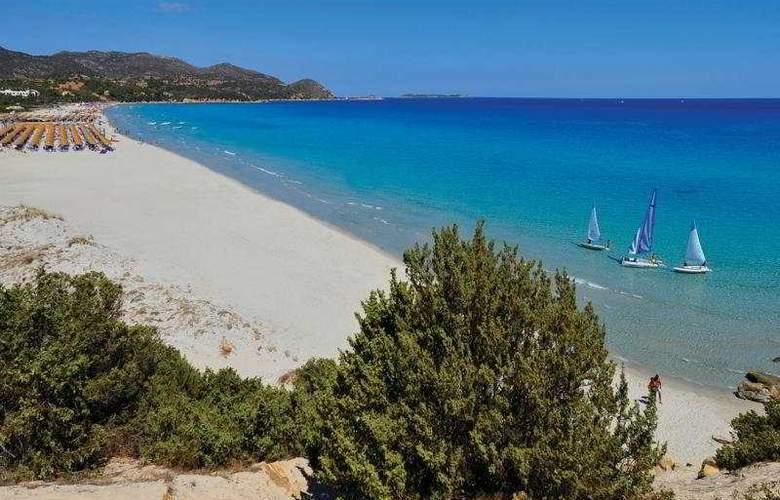 Tanka Village Golf & Spa - Beach - 4