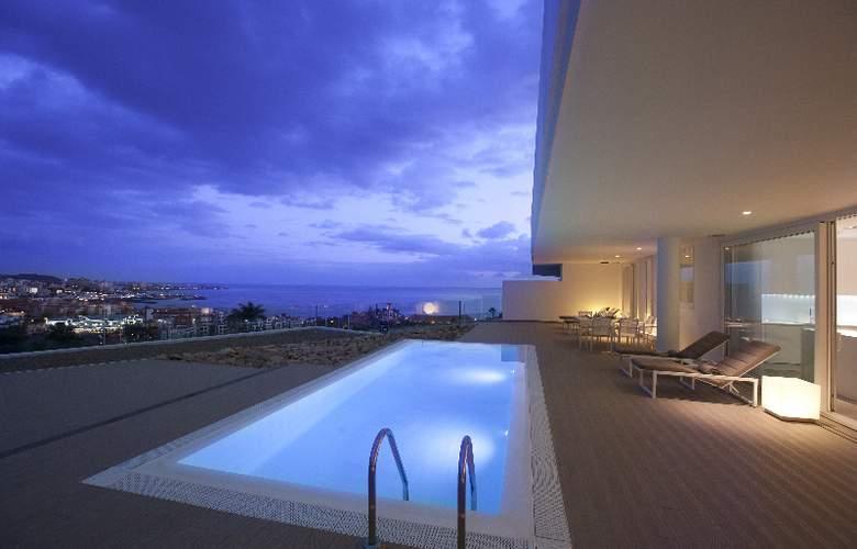 Baobab Suites - Pool - 29