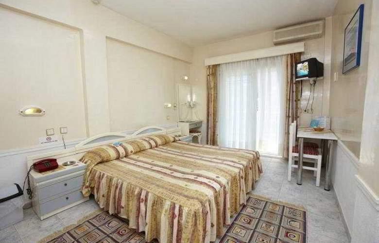 Hanioti Grand Victoria - Room - 5