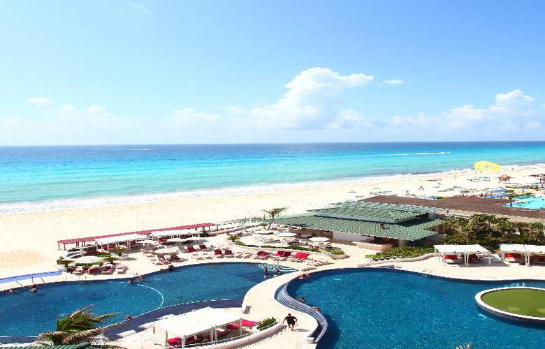 Sandos Cancún Luxury Experience Resort - Pool - 3