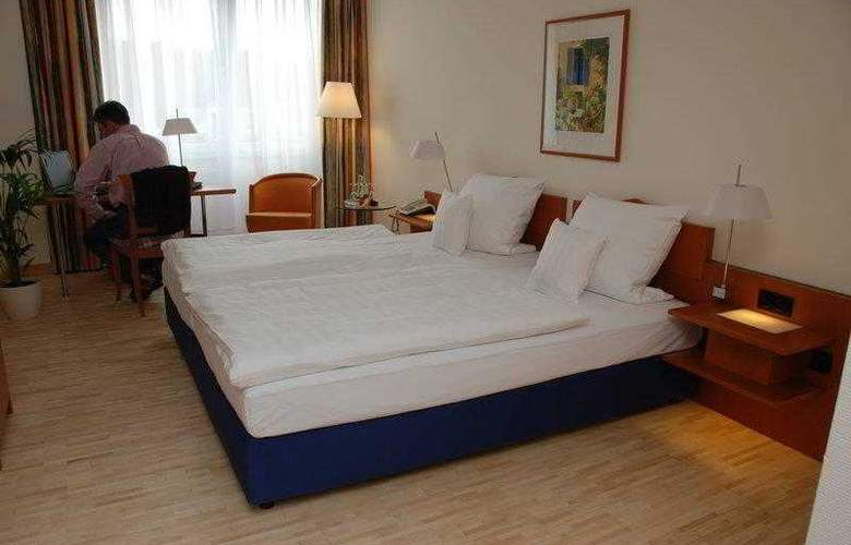 Best Western Hotel Am Strassberger Tor - Hotel - 0